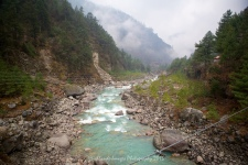 The Dudh Kosi River and the Khumbu Valley on the trek between Jorsalle and Phakding.